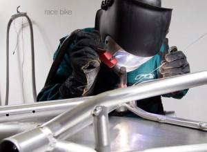 RACE BIKE_stories